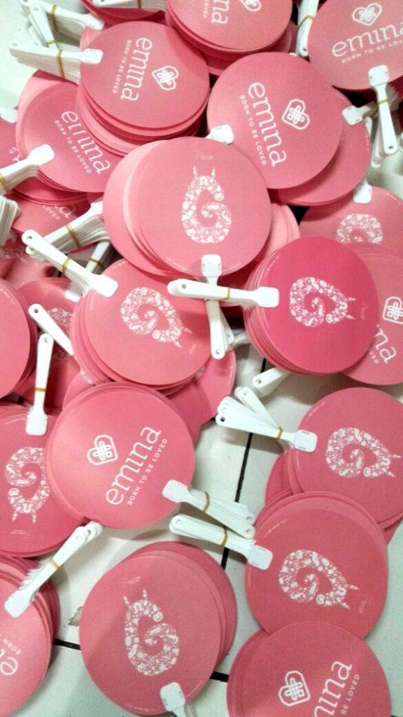 Kipas Plastik Promosi Emina